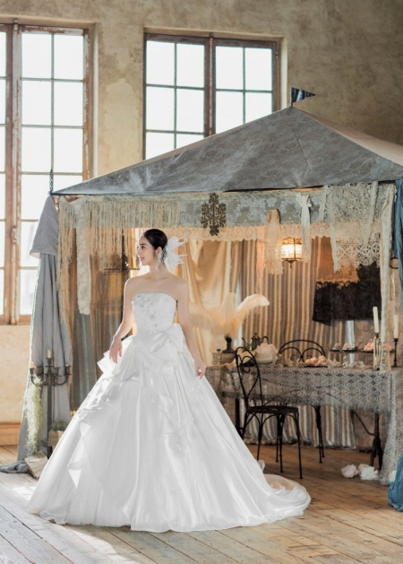 e2c459deee28c 佐々木希コレクション|衣装コレクション|ウエディングドレスのレンタル ...