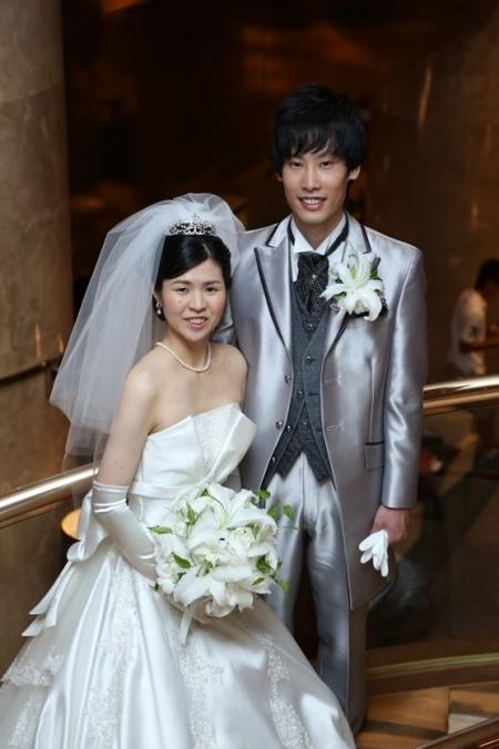 ヒルトン東京のお客様画像です。東衣装店azuma-dress tokyoのウェディングドレス・カラードレスをご利用頂きました。
